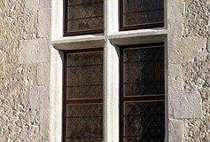 Fenêtre à meneau de manoir XVe siècle