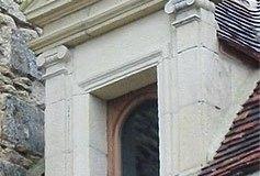 Lucarne Renaissance manoir XVIe siècle