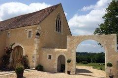 Porche et porte piétonne du XVe siècle